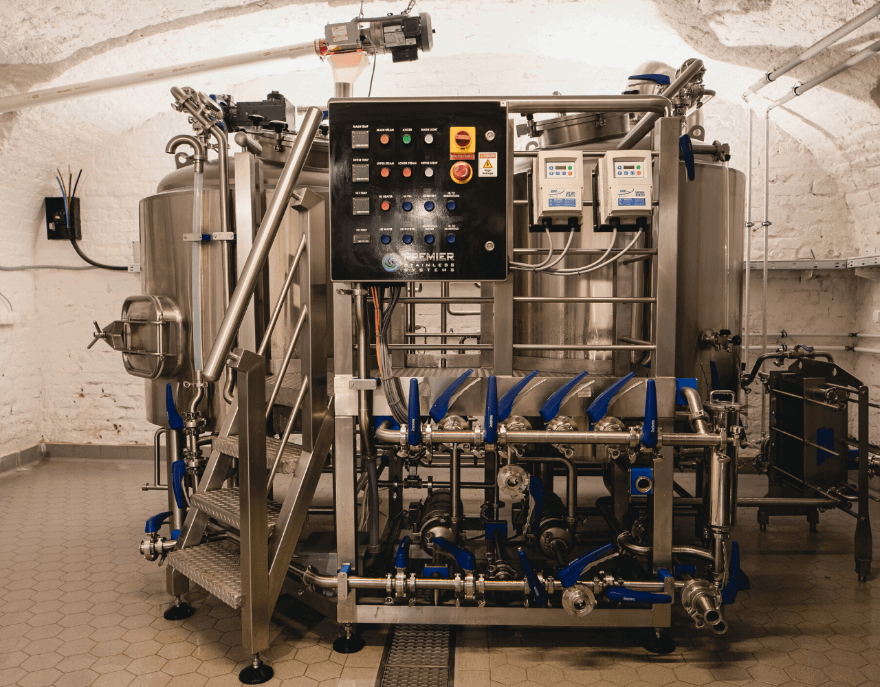 Gravity Budapest - Premier Stainless Steel Production Brewery - Custom Brewhouse