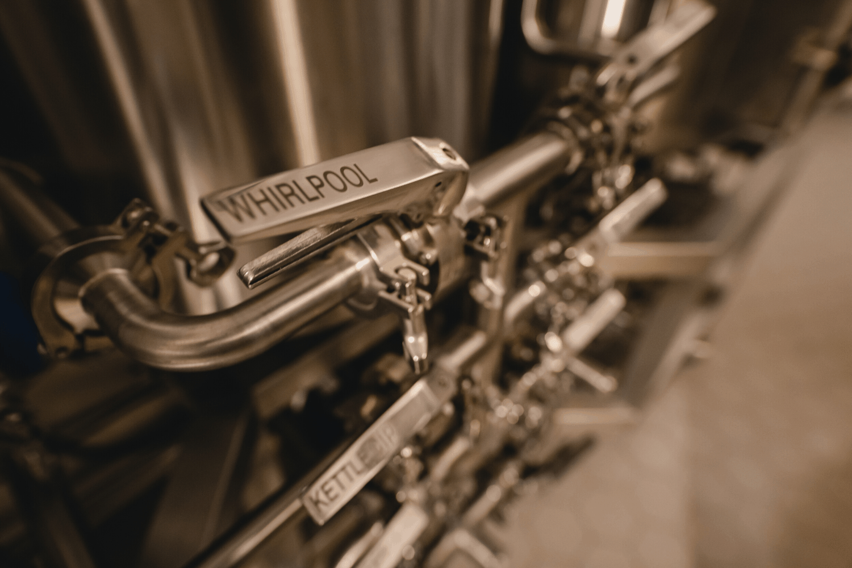 Gravity Budapest - Ss Brewtech Pilot Small Batch Brewery - market leading